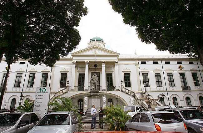 Santa Casa da Bahia Realiza Seleção para Diversas Oportunidades em Salvador