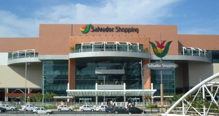 Rede de Lojas Seleciona Estoquista no Salvador Shopping