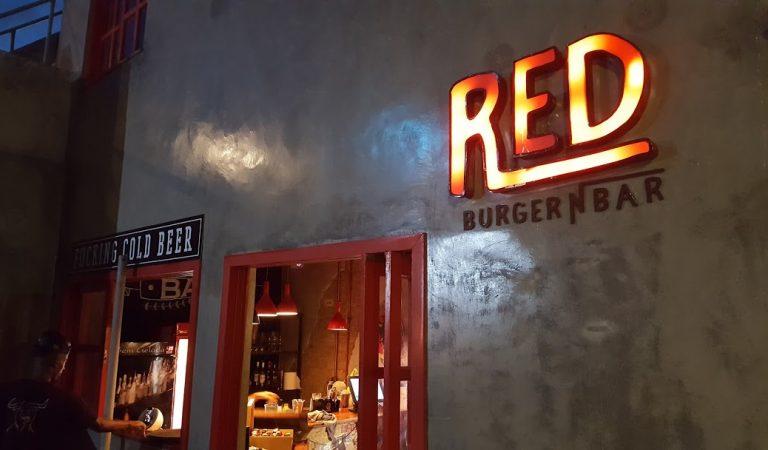 Com e sem experiência: RED Burger seleciona Caixa e mais 8 funções
