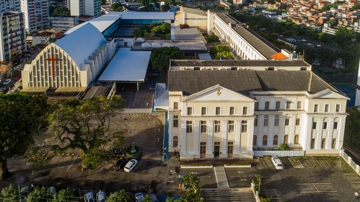 Colégio Antônio Vieira oferece 40 vagas gratuitas para Ensino Médio